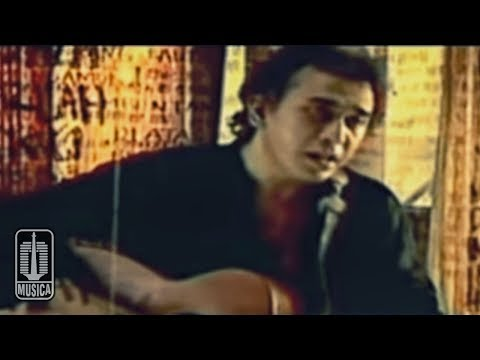 Iwan Fals - AKU BUKAN PILIHAN (Official Video)
