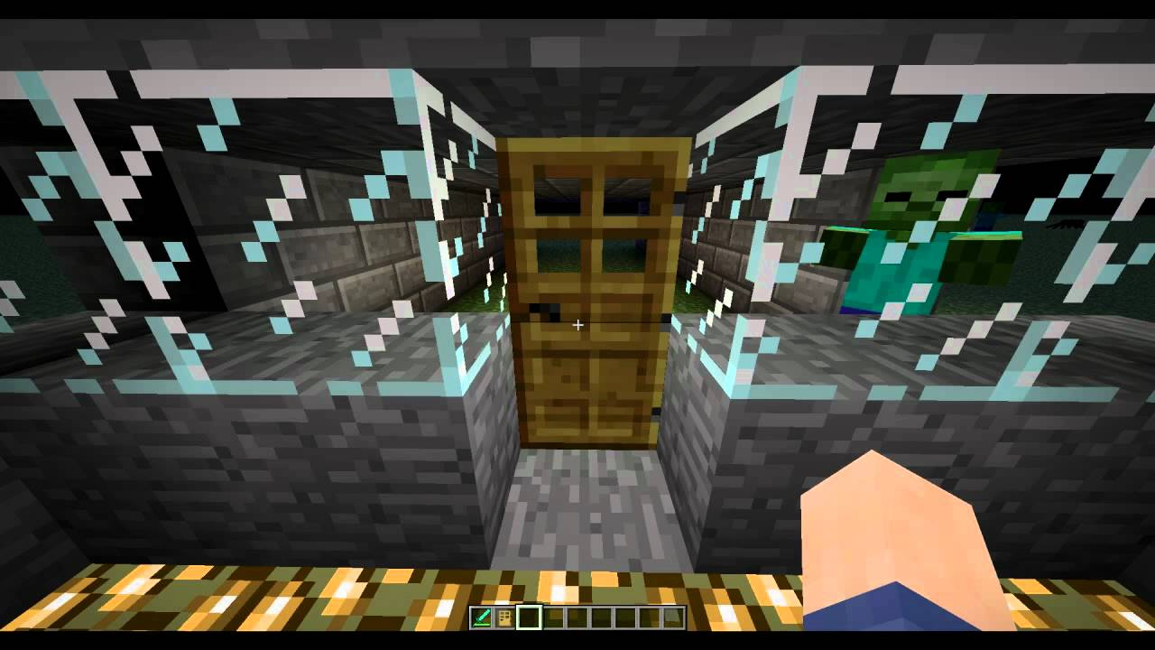 Zombies Breaking Doors - Minecraft Snapshot 11w11a