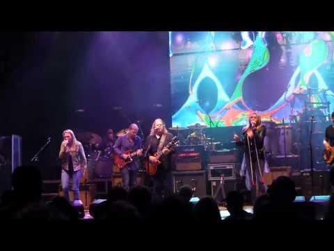 Allman Brothers Band feat Susan Tedeschi & Grace Potter - The Weight 9-7-13 Jones Beach, Wantagh, NY