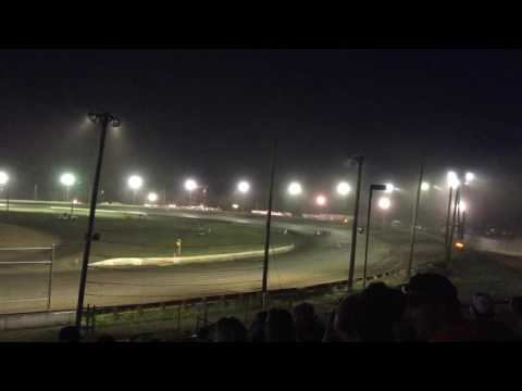 Super Late models at Bridgeport Speedway