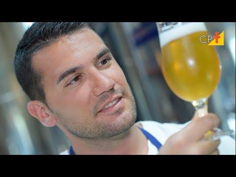 Clique e veja o vídeo Clarificação e Filtração da Cerveja Artesanal - Curso Homebrew