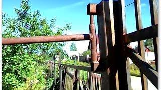 Как устроить посадку собаки на цепь у ворот