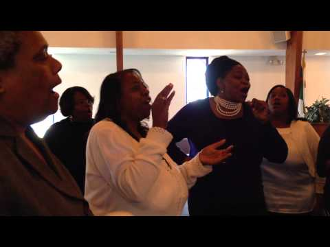 """Keep Your Eyes on the Prize!"" Rev. William Barber, Yara Allen and friends sing out to Wisconsin"