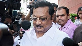 MK Alagiri suspended by his father Karunanidhi from DMK for indiscipline