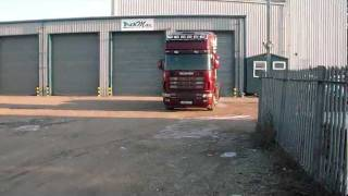 Scania V8 4 Series with TruckMax Exhaust System.