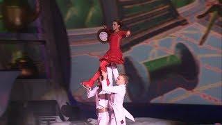 «Алиса в стране чудес»: в Петербурге состоялась премьера ледового шоу