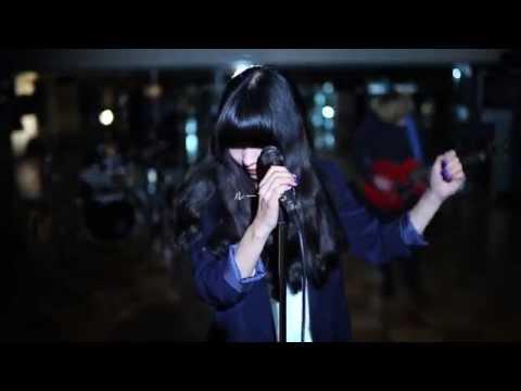 Zaien Lily 「ループする」 ミュージック・ビデオ