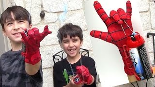 The Amazing Spider-man 2 Mega Blaster Web Shooter and Glove with Robert-Andre and William-Haik!(Robert-Andre and William Haik both show you the amazing spider-man 2 mega blaster web shooter with glove by hasbro. It is 2 in 1 so you can shoot both web ..., 2014-05-26T20:24:36.000Z)