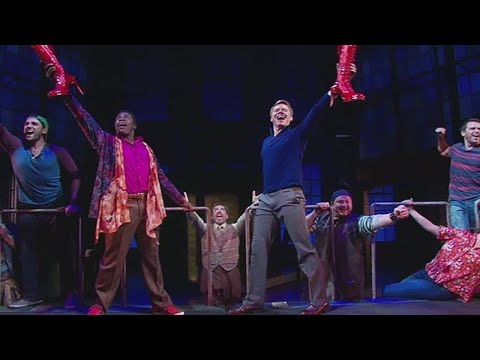 'Kinky Boots' Broadway opens in downtown Miami
