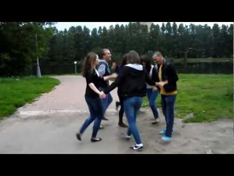 moldovenii si rusoaicele la o hora
