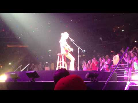 The Best Day - Taylor Swift (Live RED Tour 5/12/13)