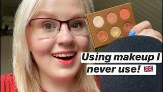 ASMR in English: Doing My Makeup + Rain Sounds 💖