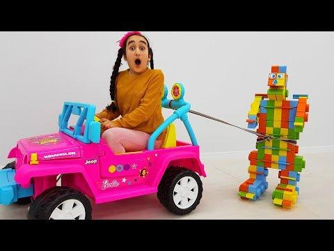Funny Girl and Salih giant robot play with