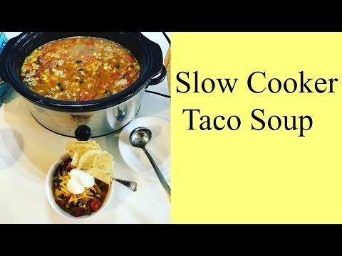 Taco soup ground beef crock pot