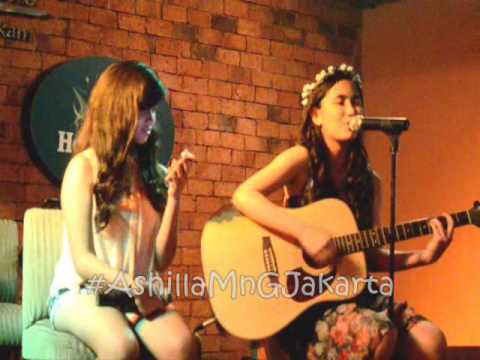 Ashilla Ft Shanindya - Back To December#AshillaMnGJakarta