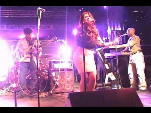 IVANA SANTILLI - HOLLYWOOD  LIVE @ PRIDE TORONTO 2010