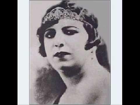 قمر الملوک وزیری اولین زن خواننده و تقی روحانی.....