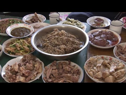 Savouring China's Pig Slaughter Feast