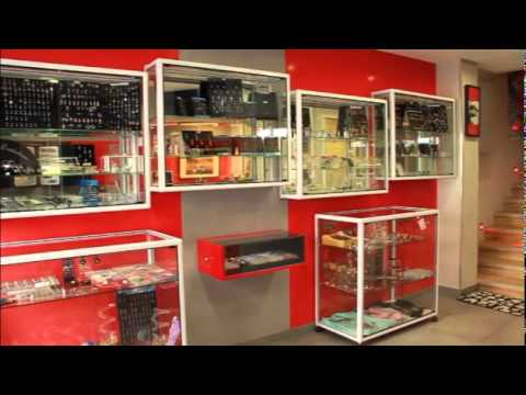 La boutique tattoo studio tewfick angers youtube - Boutique free angers ...
