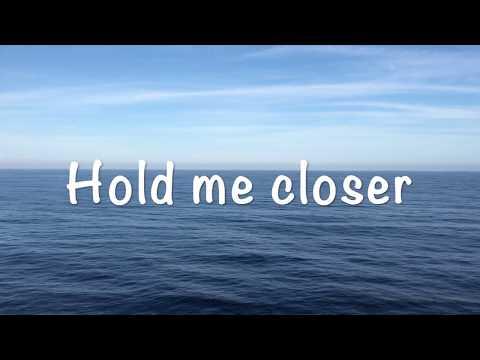 Inanna  - Hold me closer mp3