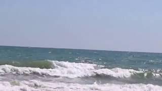 Азовское море. Море, волны, красота! (Ч.4) (Sea of Azov. Sea, waves, beauty! (Part 4)(Коротенькое видео с пейзажем на море. Просто успокаивает, когда смотришь как волны прибивают к берегу. В..., 2016-08-31T20:34:15.000Z)