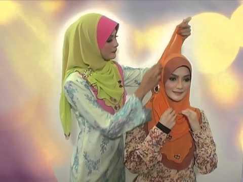 "Saksikan 5 cara-cara pemakaian tudung ""Fareeda Khadeeja"". - YouRepeat"
