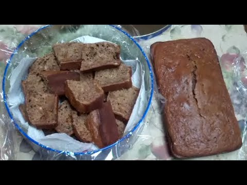 Food Storage: Pinto Bean Applesauce Cake