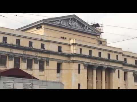 Old Senate Building or National Museum?!