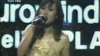 Họa mi hót trong mưa Khánh Linh Con đường âm nhạc 2010