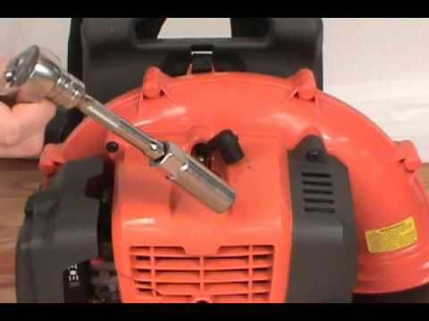 When To Replace Spark Plugs >> Changing the Spark Plug - Husqvarna Backpack Leaf Blower ...