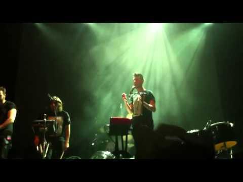 bastille---overjoyed-(live-at-glasgow-o2-academy)