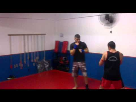academia mix body combat