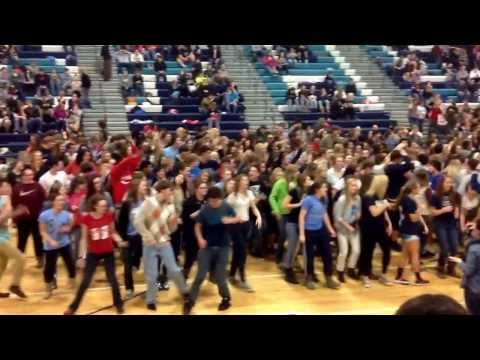 Great Falls High School in Great Falls, MT dance party during bomb threat lockdown! #BisonPride