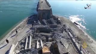 طائرات التحالف تدمر جسور نهر الفرات بالرقة