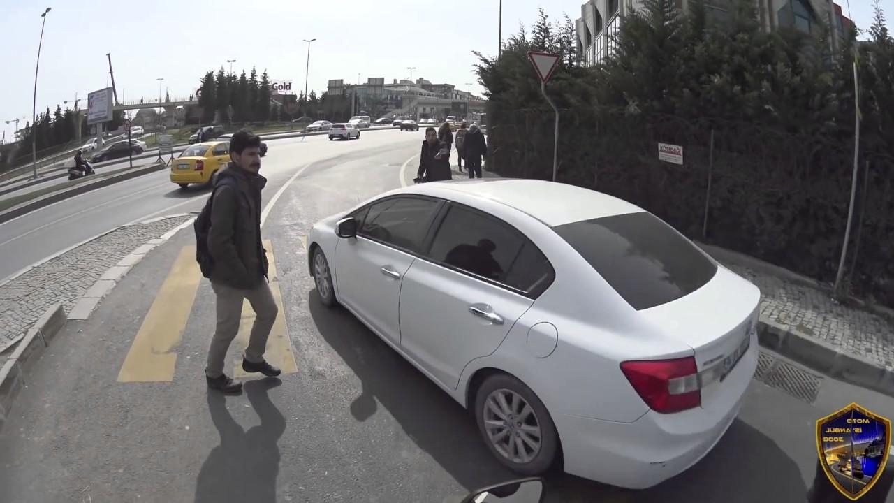 Image result for trafikte motorcuyu sıkıştırma
