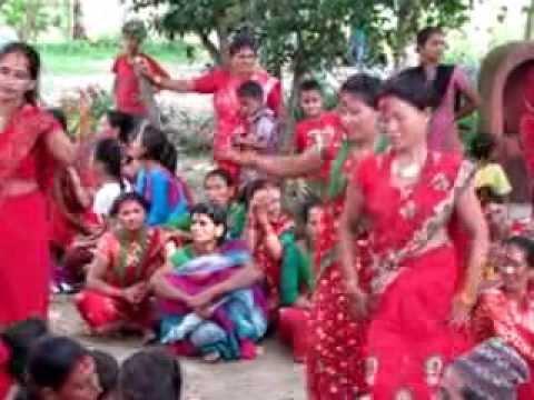 नाचगानका साथ हिन्दू महिलाहरुको पर्व तीज मनाइयो