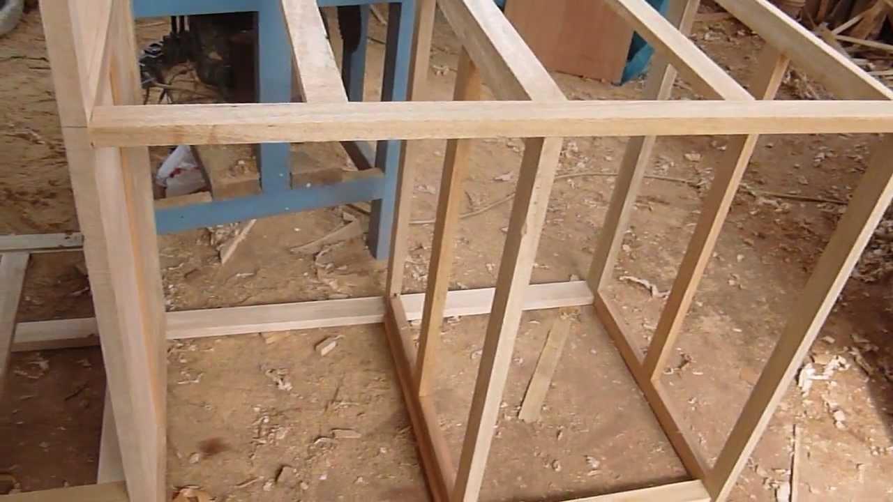 Construccion de estructura de madera con tornillos youtube for Como hacer una zapatera de madera paso a paso