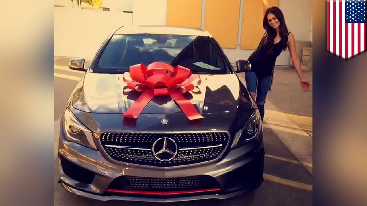 woman poses with new mercedes on instagram then crashes. Black Bedroom Furniture Sets. Home Design Ideas