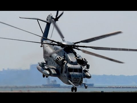 AWESOME CH-53E Super Stallion Take Off