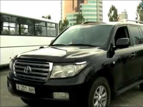 Назарбаев: скоро чиновники пересядут на танки