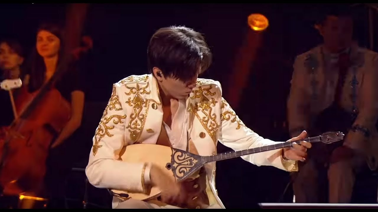 Dimash open concerts in New York Dombra