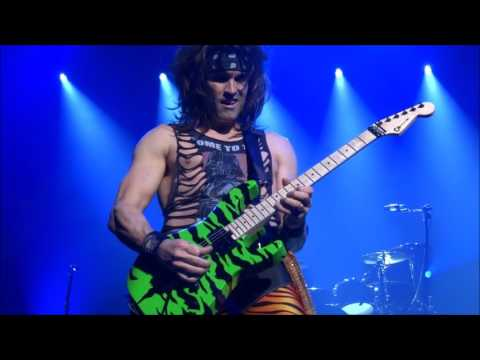 Steel Panther @ AB, 12-10-2016: Satchel solo