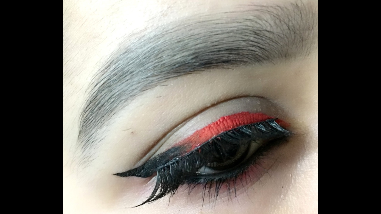 Red And Black Ombre Eyeliner Look - YouTube