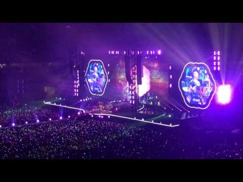 Paradise - Coldplay @ National Stadium Singapore