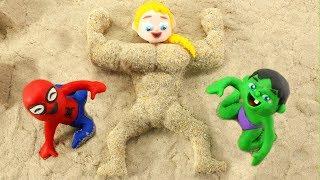 FROZEN ELSA BECOMES A SAND MUSCULAR MAN ❤ Spiderman, Hulk & Frozen Elsa Play Doh Cartoons For Kids