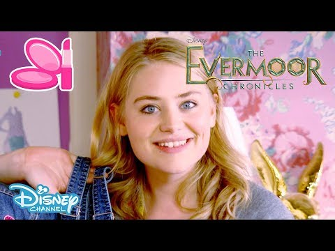 The Evermoor Chronicles | Tutorial: Customising Your Clothes | Official Disney Channel UK