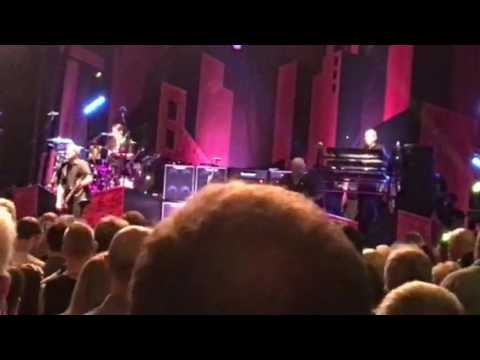 Straighten Out - The Stranglers live at The Guildhall Southampton - 20-03-17