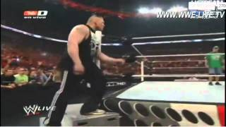 Brock Lesnar regresa a WWE Raw 4/2/12 En Español
