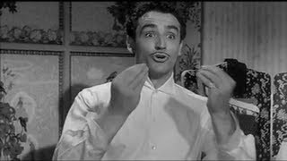 "Vittorio Gassman - ""...a' cosa, io nun c'ho 'na lira ! """