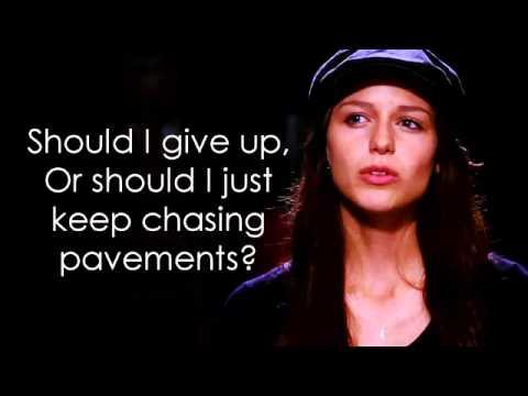 Glee - Chasing Pavements (Lyrics)